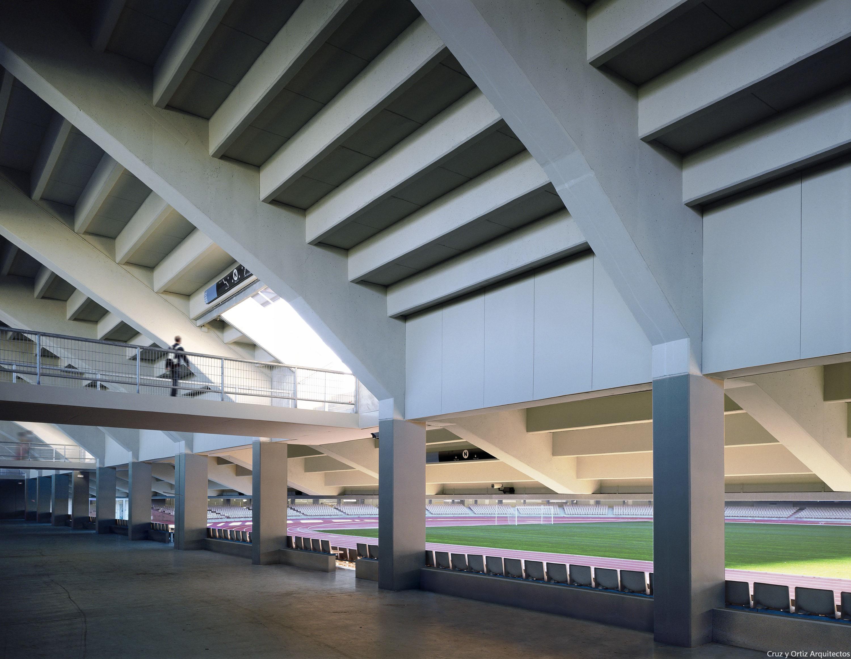 Cruz y ortiz arquitectos estadio de chapin en jerez - Arquitectos cadiz ...